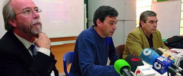 EL PRESIDENTE DE MOVIMIENTO CONTRA LA INTOLERANCIA apoya al foro social en sus denuncias contra las amenazas FASCISTAS