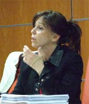 La edil independiente Carmen Villanueva, en un pleno