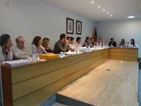 Imagen de una sesión plenaria en Valdemorillo