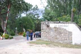 """Los Berrocales denuncia ante la Fiscalía la """"estafa"""" del mantenimiento de sus calles"""