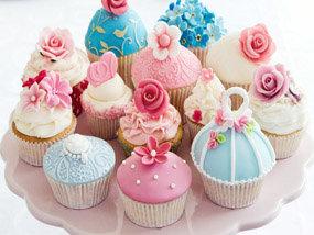 San Lorenzo se apunta a la moda de los  'cupcakes' con un curso en el Centro de Mujer