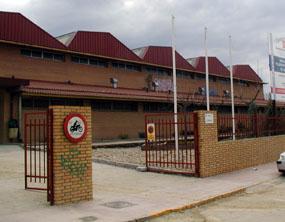 UNPA exige que se investigue la privatización del polideportivo