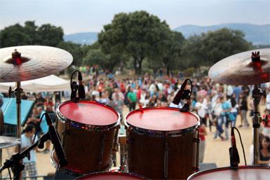 La primera edición del Festival Stone reúne a 3.000 personas en la Dehesa