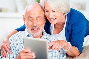 Taller de manejo de tabletas electrónicas para personas mayores de 65 años