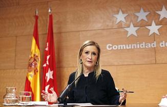 Cristina Cifuentes presenta un Plan de Regeneración Democrática que acabaría con los aforamientos