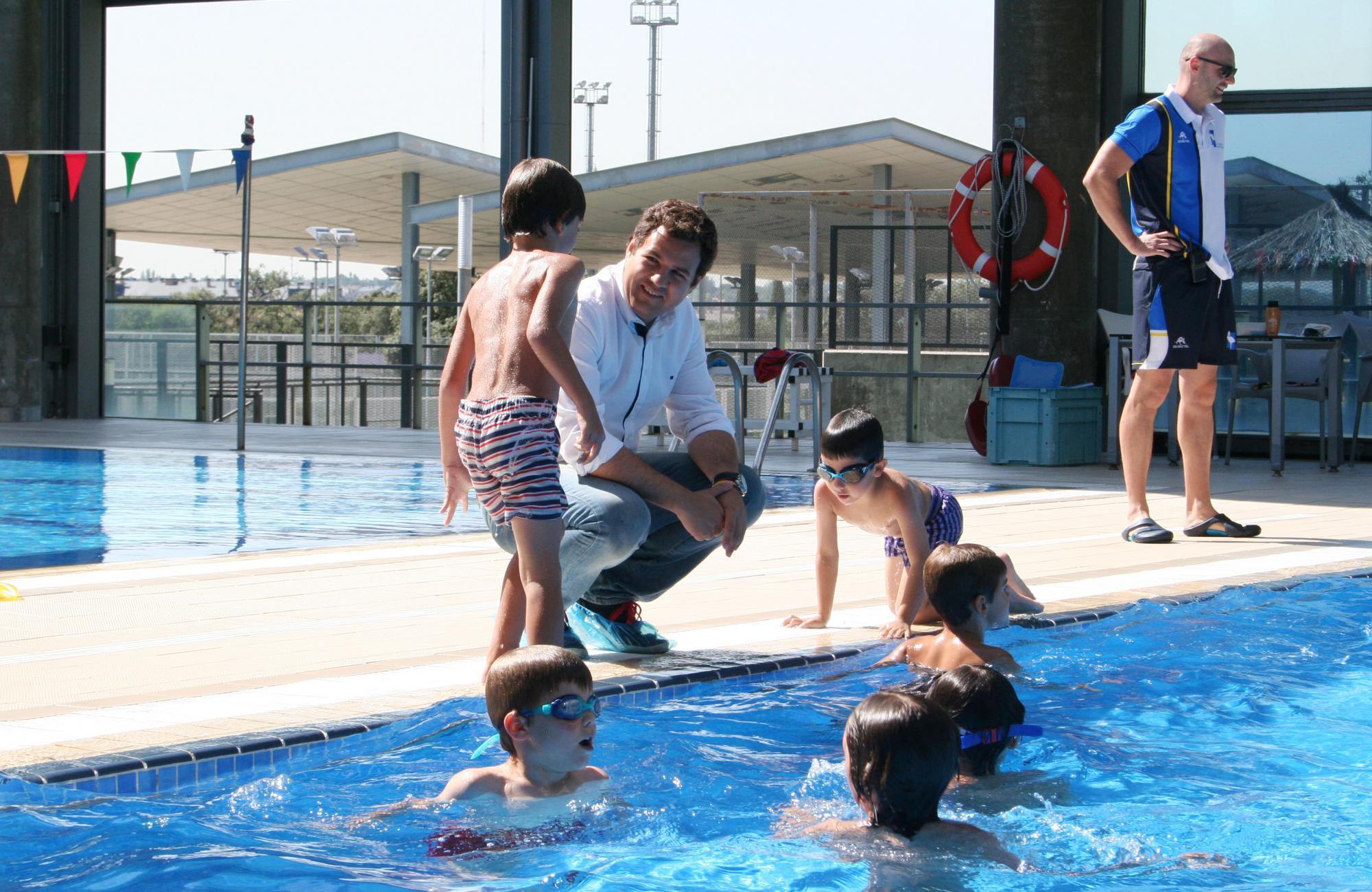 Campamento de verano de buceo para adolescentes