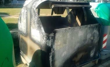 En Alpedrete, desde el año 2007, se han quemado 237 contenedores