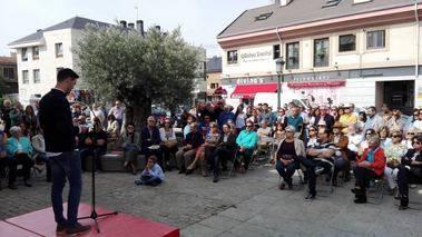Los socialistas homenajean en Torrelodones al maestro republicano Mariano Cuadrado