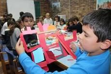 Más de una treintena de alumnos de Valdemorillo se inician gratuitamente como artistas del papel