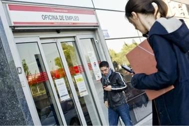 El paro baja en Madrid un 0,87% en noviembre hasta llegar a los 416.659 desempleados
