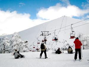Abren las pistas de esquí del Puerto de Navacerrada gracias al frío de los últimos días