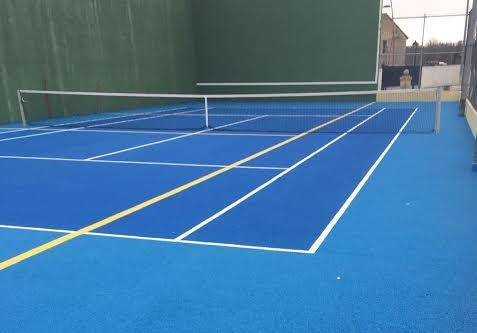Obras de mejora en las pistas de tenis y frontón del Polideportivo de El Escorial