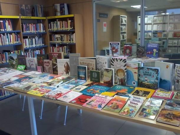 La Biblioteca Municipal de Valdemorillo, nuevamente premiada, ahora por su proyecto de poesía 'Versos del Bosque'