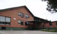 Guadarrama participa en la reunión informativa del colegio Peñalara para impulsar el proyecto 'Con ttu ayuda, jugamos todos'