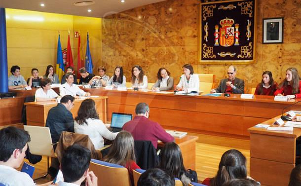 Torrelodones celebra su primer Pleno Juvenil