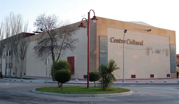 Moralzarzal ofrece un servicio de guardería durante los espectáculos en el Teatro Municipal