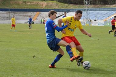 C.U.C.Villalba y Las Rozas C. F. se repartieron los puntos en el municipal (0-0)