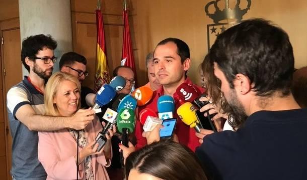 """Aguado: """"Pediremos la dimisión de Cifuentes si resulta imputada por la financiación irregular del PP de Madrid"""""""