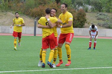 El C.U.C. Villalba logra la permanencia en Preferente tras empatar con el 'Sanse' (2-2)
