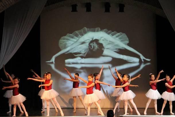 Festival de Danza en tres pases, este viernes sobre las tablas de la Giralt Laporta