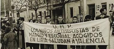San Lorenzo de El Escorial rinde homenaje a Llíria por acoger a sus niños durante la Guerra Civil