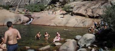 Manzanares dice que la prohibición de bañarse en La Pedriza perjudica la economía local