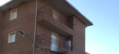 La Asociación Unificada de la Guardia Civil (AUGC) denuncia el desprendimiento de dos balcones del Cuartel de El Escorial