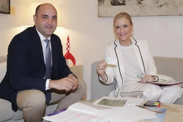 Cristina Cifuentes se reunió con el Alcalde de Colmenar Viejo