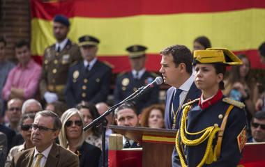 De la Uz asistió a los actos del Día de la Hispanidad organizados por la Guardia Civil de Las Rozas