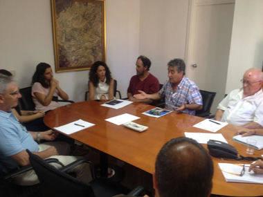 El Ayuntamiento de El Escorial se reúne con colectivos ciudadanos para elaborar los Presupuestos de 2018