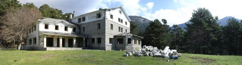 Suspendido el juicio por la construcción de un hotel de lujo en un monte protegido de Cercedilla