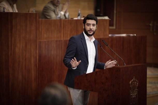 """Zafra: """"El PP de Cifuentes se ha quitado la careta saliendo de la Comisión contra la corrupción"""""""