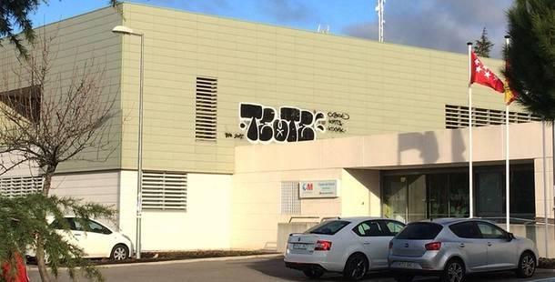 Alpedrete inició el año 2018 con pintadas en varios edificios públicos