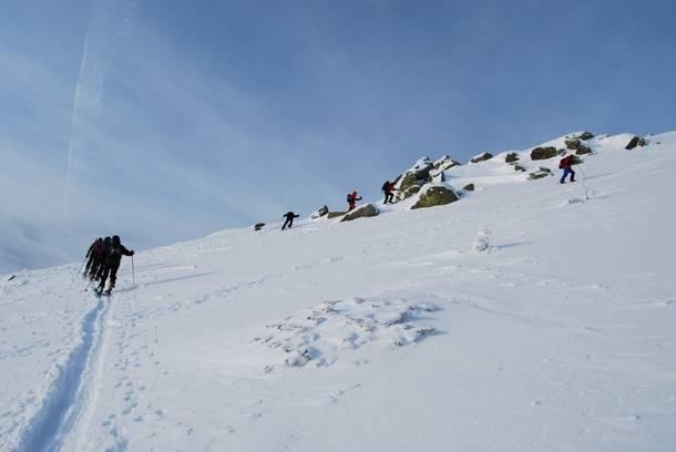 La Comunidad alerta del riesgo de aludes en Peñalara y pide prudencia a montañeros y excursionistas