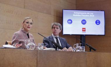 Cifuentes anuncia una nueva rebaja de impuestos a todos los madrileños