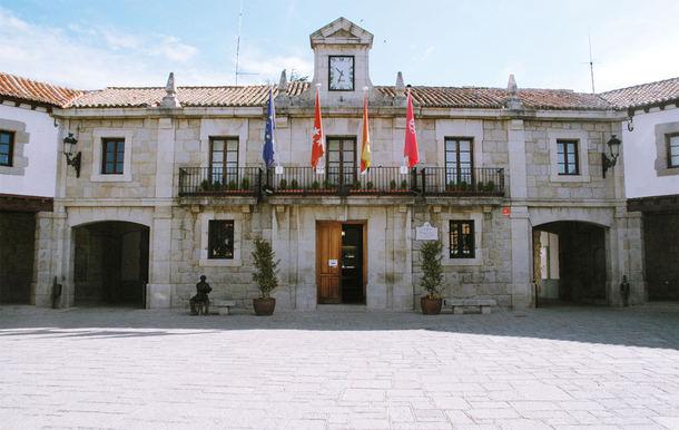 La oposición decide que Guadarrama continúe un año más con el presupuesto prorrogado de 2015