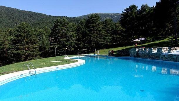 El ayuntamiento de cercedilla abre las piscinas de las berceas del valle de la fuenfr a - Piscinas en el valle ...
