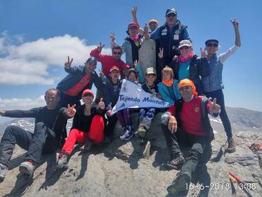 Alumnos de la Escuela Municipal de Montaña Adaptada de Guadarrama ultimaron el ascenso al Veleta