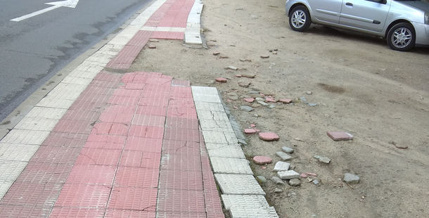 IU denuncia los problemas de accesibilidad peatonal en Collado Villalba