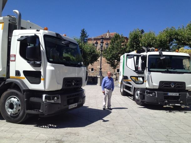 Dos nuevos vehículos para reforzar el servicio de limpieza en El Escorial