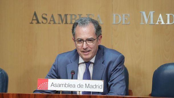 El Portavoz del PP en la Asamblea de Madrid Enrique Ossorio se reúne hoy con los populares de Guadarrama