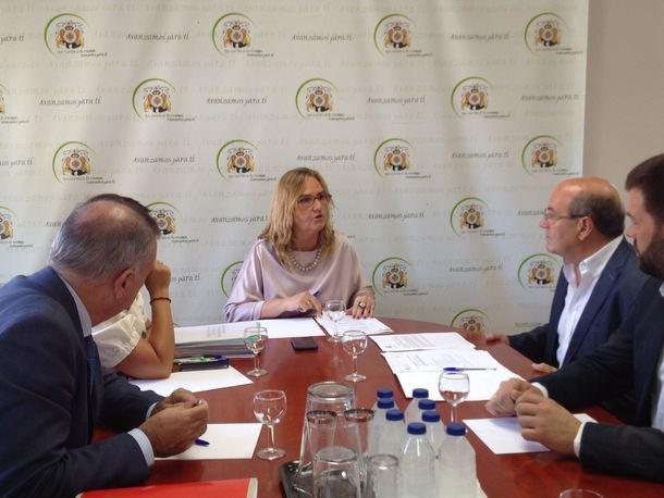 El alcalde de El Escorial y la Consejera de Transportes se reunieron para avanzar múltiples proyectos con una inversión de cerca de dos millones de euros