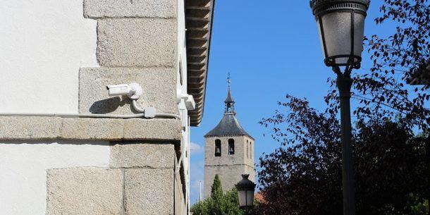 Galapagar estrena 5 nuevas cámaras de seguridad en el centro urbano