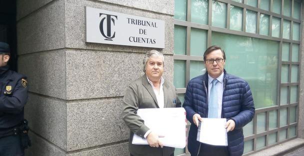 El PP de Torrelodones entrega en el Tribunal de Cuentas las presuntas irregularidades del paso bajo la A6