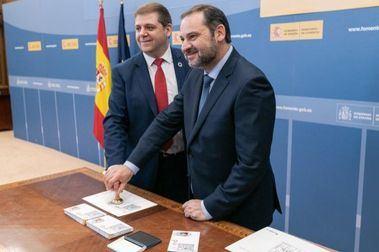 Correos presenta hoy un sello que conmemora los 40 años de le Constitución Española