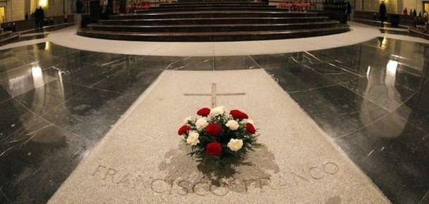 La Comunidad de Madrid pide un informe jurídico sobre los aspectos competenciales en la exhumación de Franco