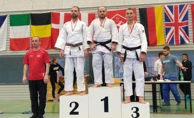 El guadarrameño Rubén González se proclama campeón del Internacional LUFTFAHRT de Berlín
