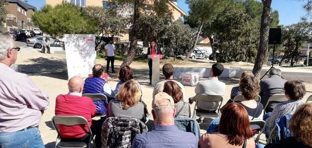 La Ministra de Industria, Reyes Maroto, acudió al acto de presentación del candidato del PSOE en Torrelodones