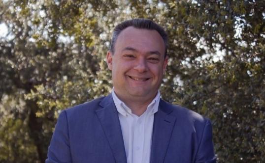 Juan José Morales, Concejal del PSOE de Collado Villalba, denuncia que la agrupación investiga a su mujer