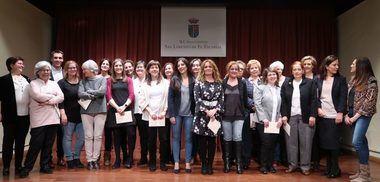 El Ayuntamiento de San Lorenzo homenajeó a las mujeres sanlorentinas en un emotivo acto
